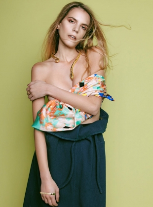 Young British Designers: The Secret Garden Scarf in Green - last one by Bella Singleton