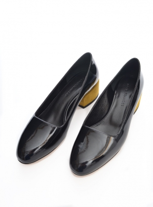 Young British Designers: UMA LOAFER, MIDNIGHT (Last Pair) by Dear Frances