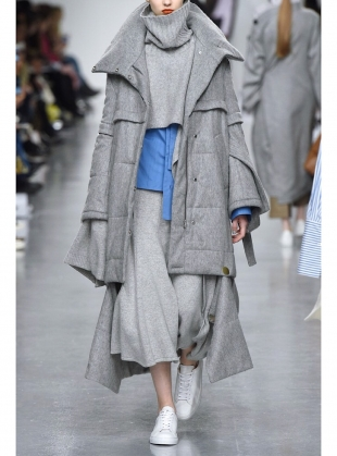 Young British Designers: FRANZI CAPE in Grey by Eudon Choi