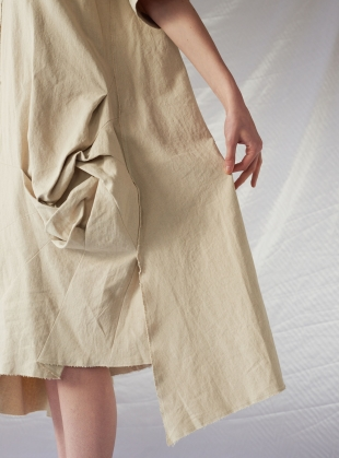 Young British Designers: Irregular 3D Pattern Linen DRESS- last one  by Renli Su