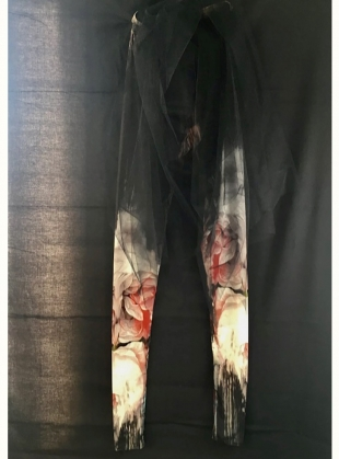 Young British Designers: BEAUTY IN DECAY Leggings by IA London